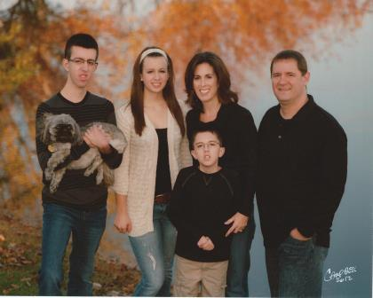 Photo of Theresa Forthofer and her family